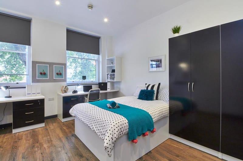 Bristol-Street-Birmingham-Bedroom4-Unilodgers