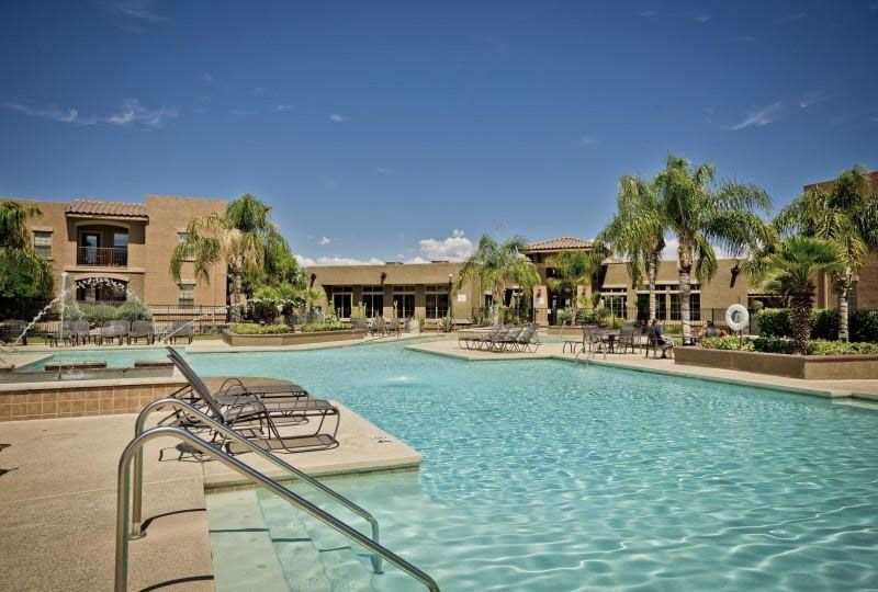 Campus-Crossings-at-Star-Pass-Tucson-AZ-Swimming-Pool-Unilodgers