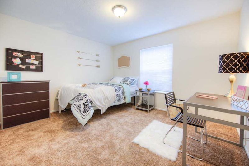 Campus-View-Southbend-IN-Bedroom-Unilodgers