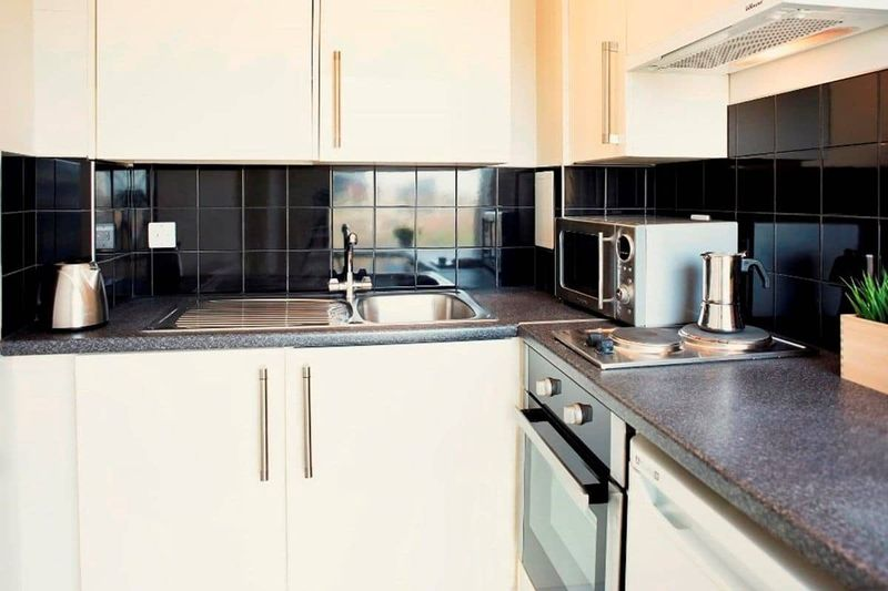 Chapter-Highbury-London-Studio-Kitchen-Area-6-Unilodgers