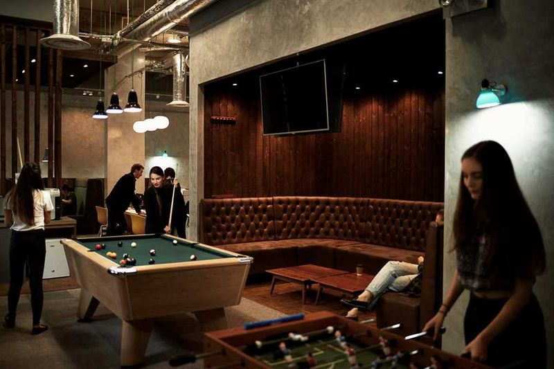 Chapter-Islington-London-Games-Room-Unilodgers