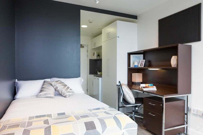 Chapter-Kings-Cross-London-Bronze-Studio-Bedroom-Unilodgers