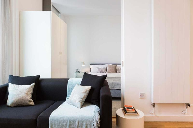 Chapter-Kings-Cross-London-One-Bed-Flat-Living-Area-01-Unilodgers
