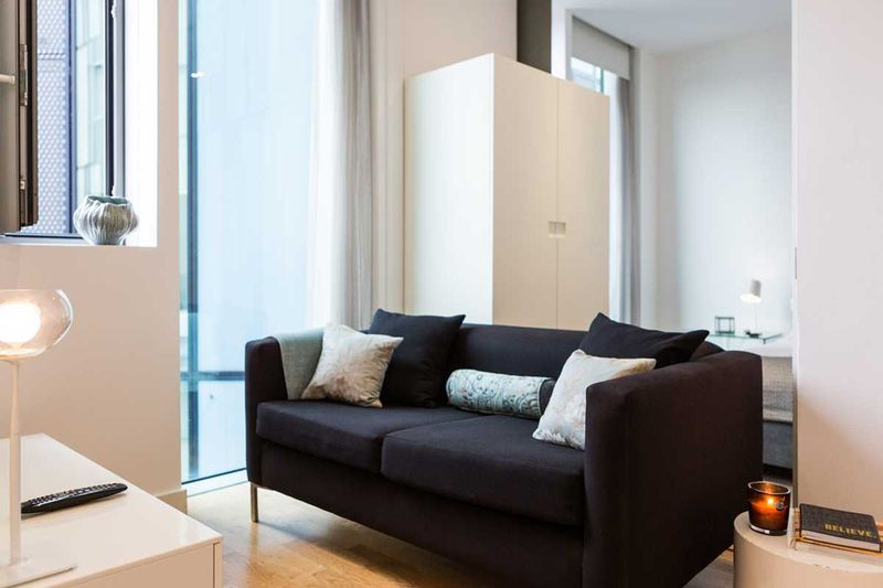 Chapter-Kings-Cross-London-One-Bed-Flat-Living-Area-02-Unilodgers