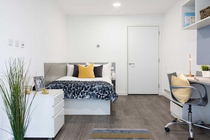Chapter-Lewisham-London-Gold-Studio-Bedroom-Unilodgers
