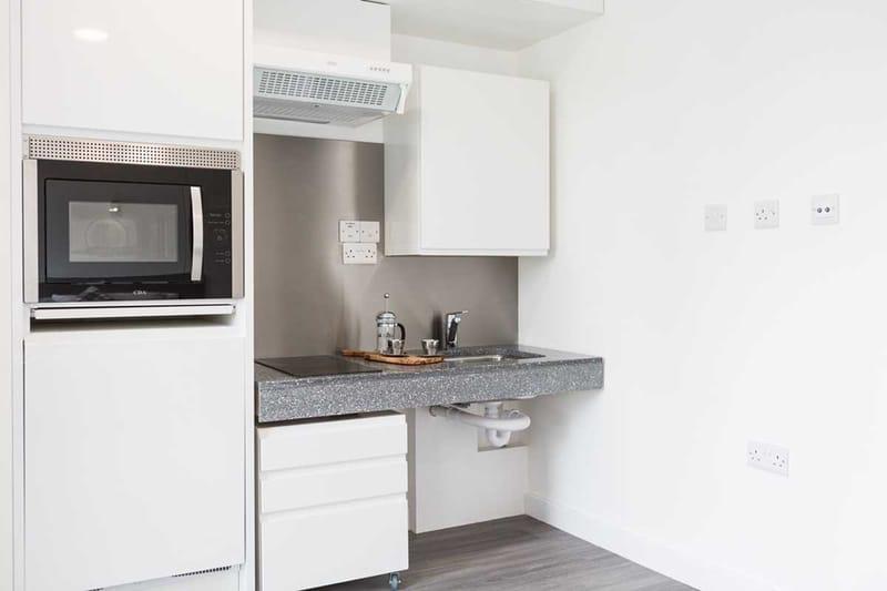 Chapter-Lewisham-London-Silver-Studio-Kitchen-Unilodgers