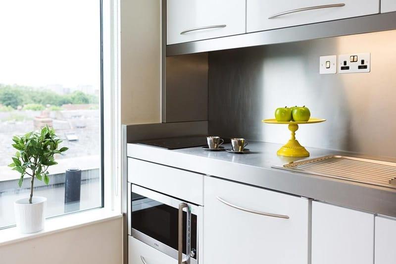 Chapter-Portobello-London-Bronze-One-Bed-Flat-Kitchen-Unilodgers