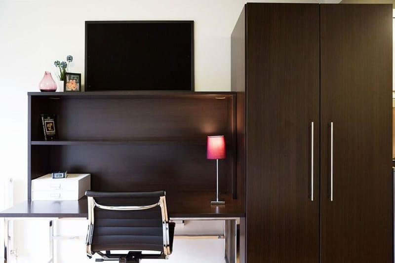 Chapter-Portobello-London-Bronze-Studio-Study-Desk-1-Unilodgers
