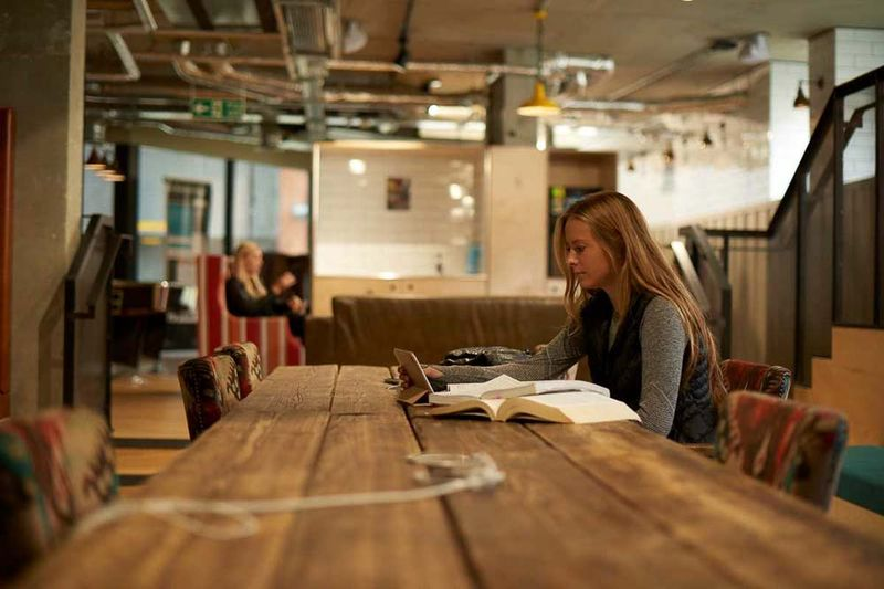 Chapter-Portobello-London-Study-Space-1-Unilodgers