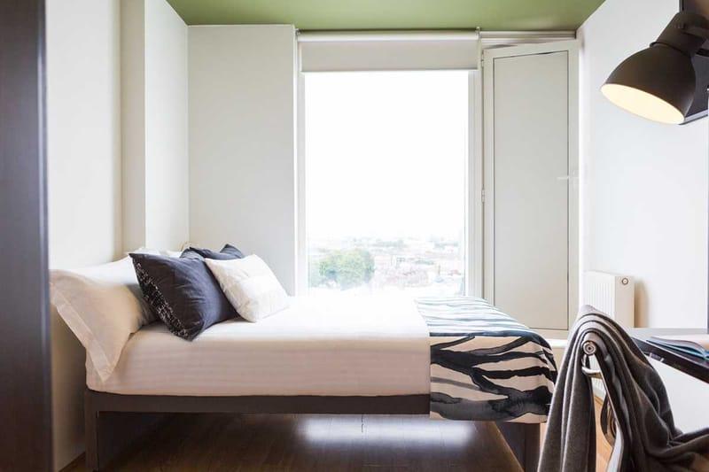 Chapter-Spitalfields-London-2-Bedroom-Apartment-Bedroom-Unilodgers