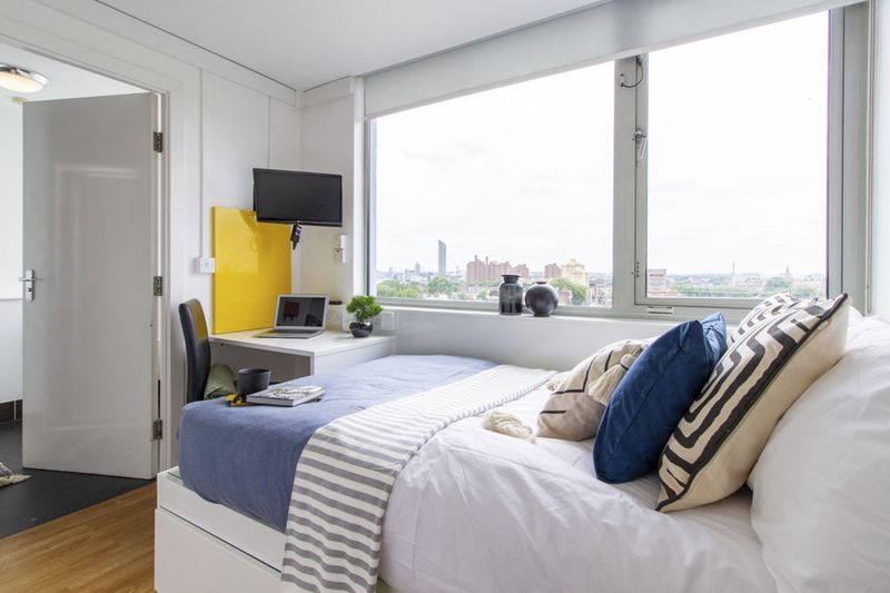 Chelsea-Lightfoot-Hall-London-Shared-Bedroom-Unilodgers