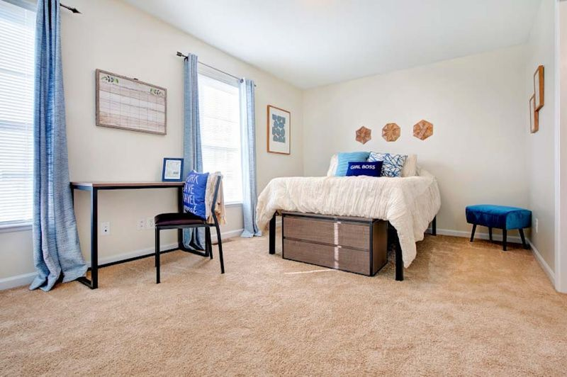 Copper Beech Baywater-West Lafayette-IN-Bedroom-Unilodgers