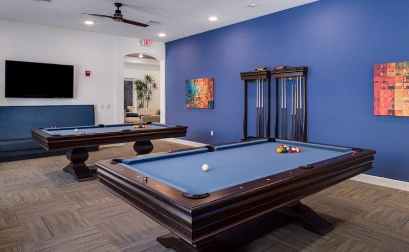 Eagle-Landing-Daytona-Beach-FL-Pool-Table-Unilodgers