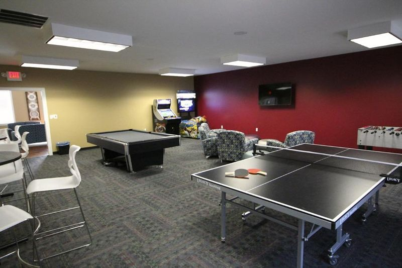 Enclave-Edwardsville-IL-Game-Room-Unilodgers