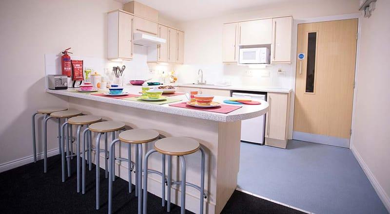 Foundry-Court-Preston-Shared-Kitchen-4-Unilodgers