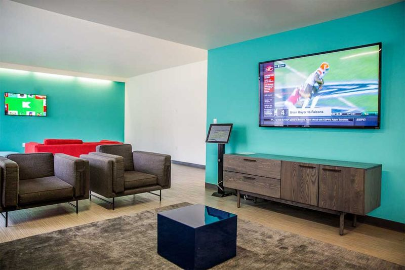 Fuse-West-Lafayette-IN-TV-Room-Unilodgers