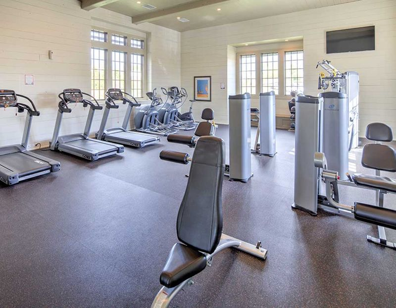 Grayson-Cottages-Columbia-MO-Gym-Unilodgers