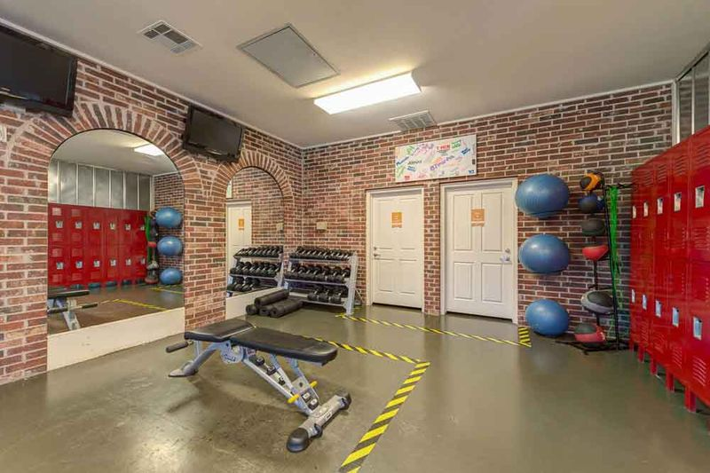 Grove-At-Stephenville-TX-Fitness-Center2-Unilodgers