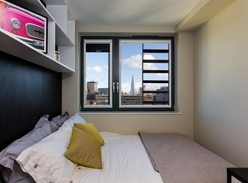 IQ-Paris-Gardens-London-Bedroom-1-1-Unilodgers