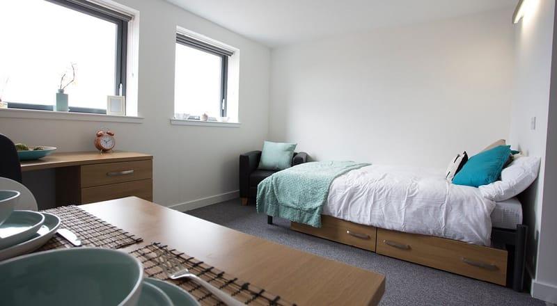 Kelvingrove-House-Glasgow-Bedroom-4-Unilodgers