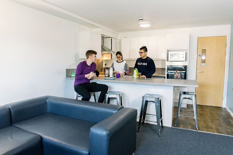 Liberty-Fields-Cardiff-Living-Area-Unilodgers