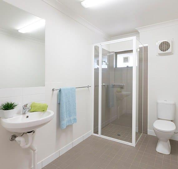 Murdoch-University-Village-Perth-Bathroom-Unilodgers (1)