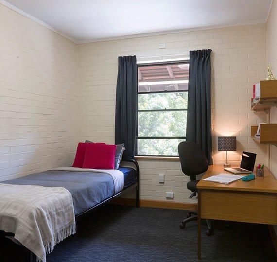 Murdoch-University-Village-Perth-Bedroom-1-Unilodgers (1)