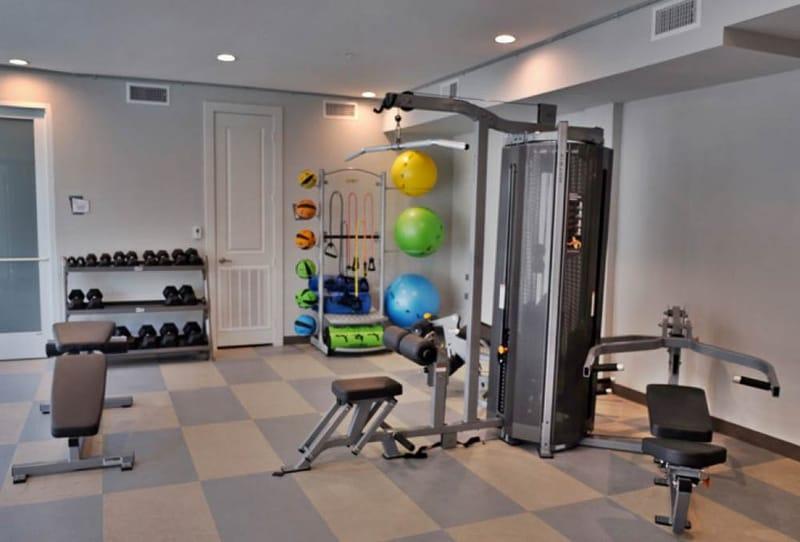 Pointe-San-Marcos-TX-Gym-Unilodgers
