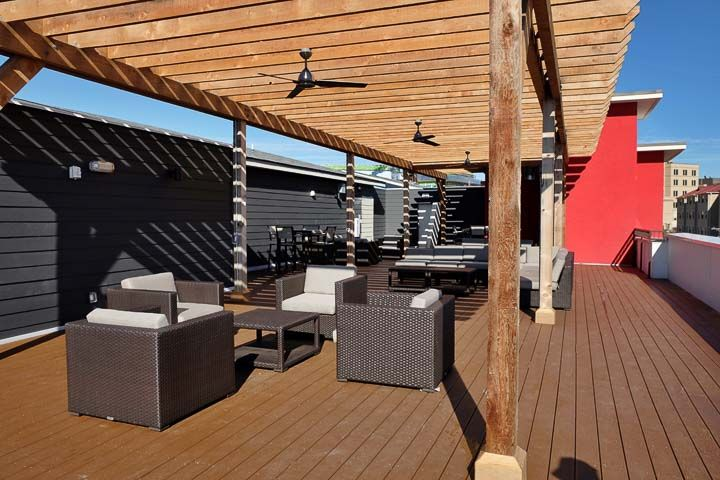 Pointe-San-Marcos-TX-Rooftop-Lounge-1-Unilodgers