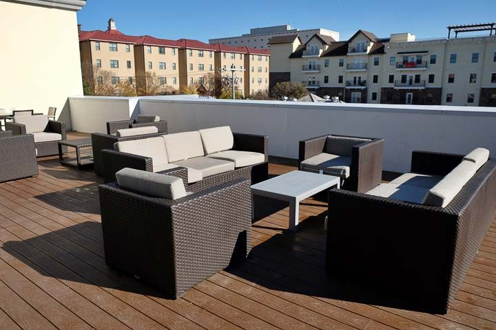 Pointe-San-Marcos-TX-Rooftop-Lounge-Unilodgers