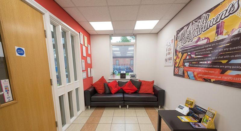 Q-3-Apartments-Manchester-Communal-Area-Unilodgers-1496058602