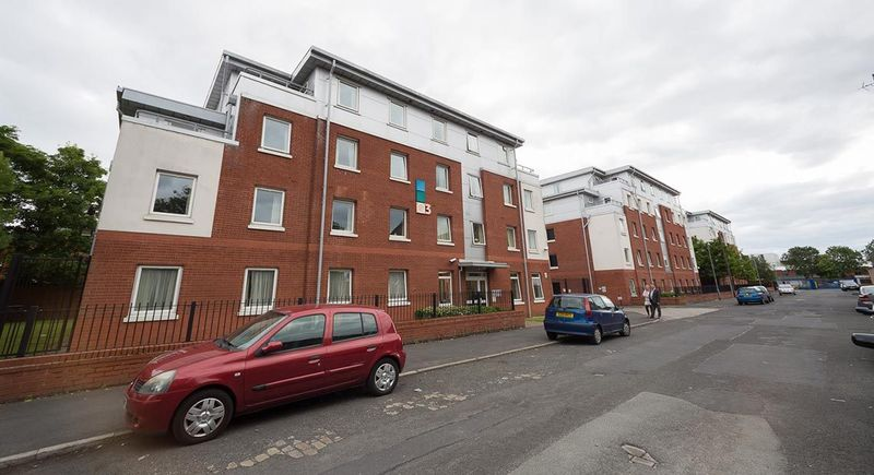 Q-3-Apartments-Manchester-Communal-Area-Unilodgers-14960586024