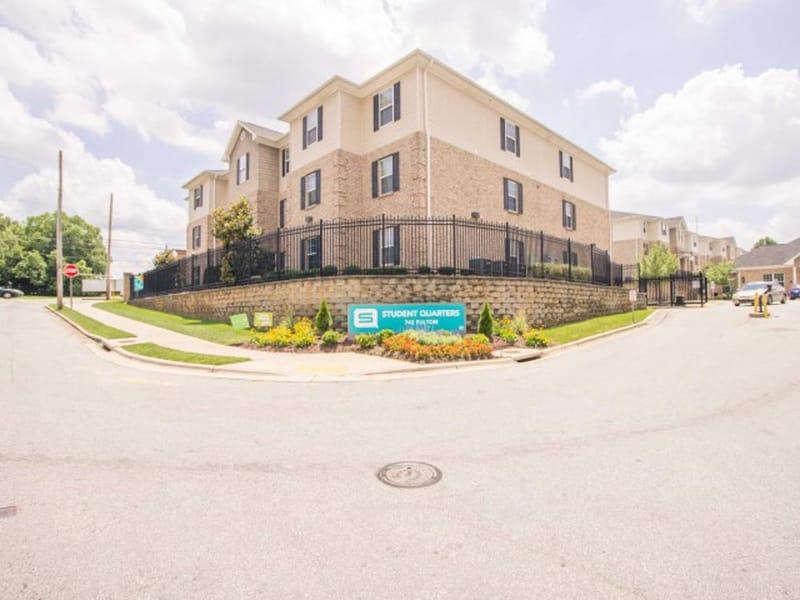 SQ-Fulton-Place-Greensboro-NC-Building2-Unilodgers