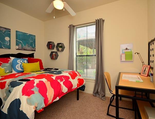 Sanctuary-Lofts-San-Marcos-Bedroom2-Unilodgers