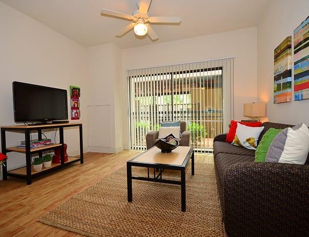 Sanctuary-Lofts-San-Marcos-Living-Room-Unilodgers