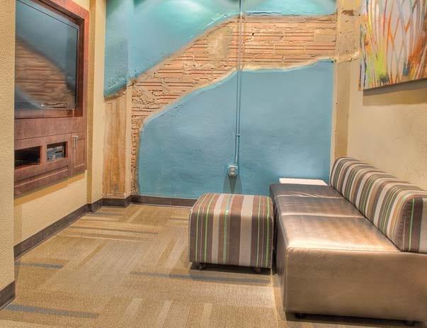 Sanctuary-Lofts-San-Marcos-Media-Lounge-Unilodgers