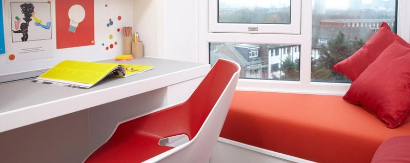 Scape-Mile-End-London-Standard-Windowseat-Studio-Unilodgers