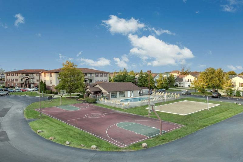 Silvertree Communities-Muncie-IN-Outdoor 2-Unilodgers