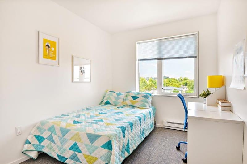 Skybox-&-Courtside-Eugene-OR-Bedroom-Unilodgers