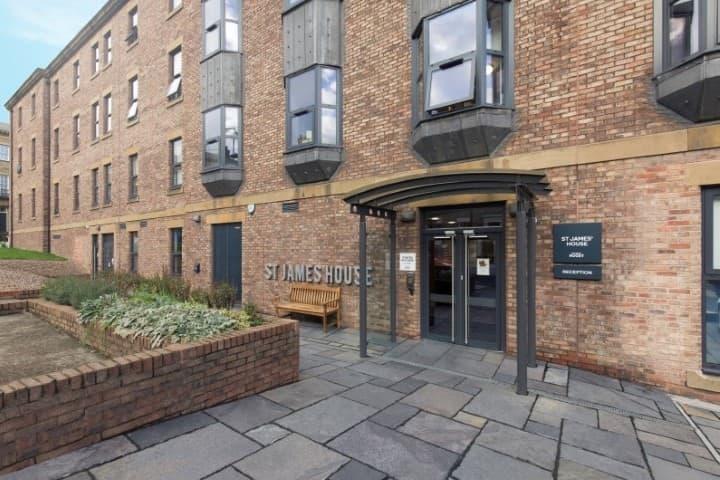 St-James-House-Newcastle-Exterior-Unilodgers