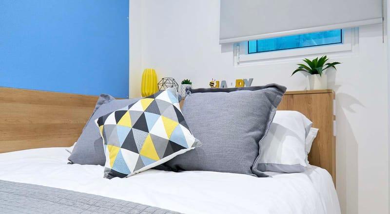 St-Leonardos-House-Lancaster-Bedroom 1-Unilodgers