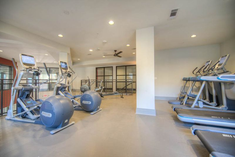 Station-At-Five-Points-Columbia-SC-Gym-Unilodgers