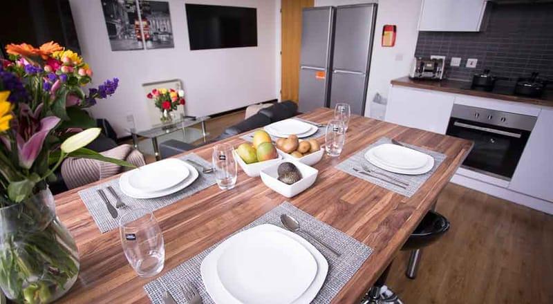 Stratford-Poland-House-London-Kitchen-3-Unilodgers