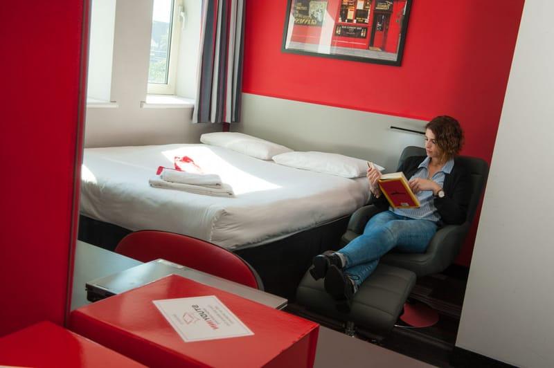 Study-Inn-175-Corporation-Street-Bedroom-3-Unilodgers