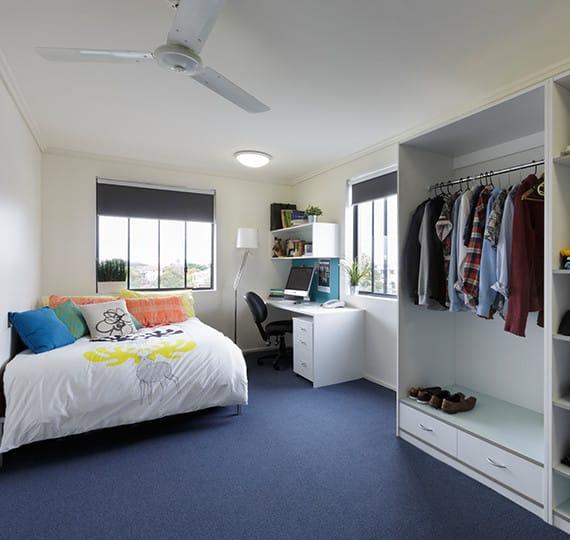 Sydney-University-Village-Sydney-Studio-Apartment-Kitchen-Unilodgers