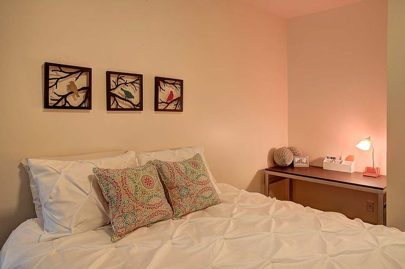 The-Flats-At-West-Village-Charlottesville-VR-Bedroom-Unilodgers