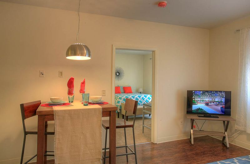 The-Flats-At-West-Village-Charlottesville-VR-Living-Area-Unilodgers