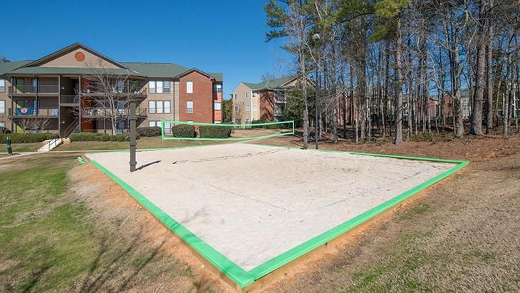 The-Hub-At-Auburn-Apartment-Homes-Auburn-AL-Volleyball-Court-Unilodgers