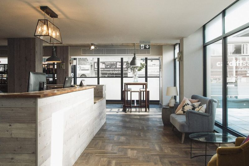 The-Neighbourhood-Cardiff-Reception-Unilodgers