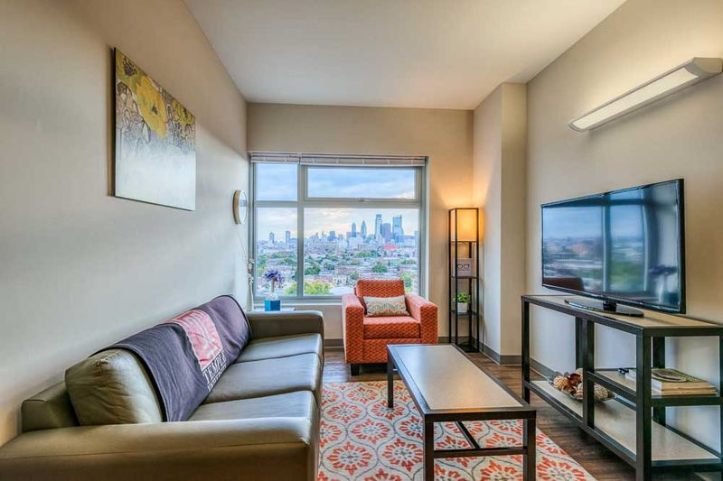 The-View-At-Montgomery-Philadelphia-PA-Living-Room2-Unilodgers